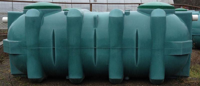 Single chamber septic tank